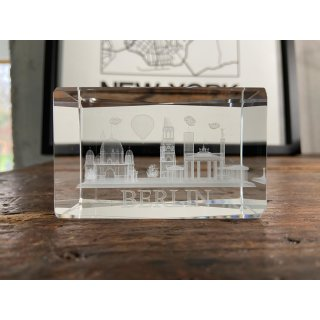 Set of 2 3D paperweights BERLIN laser engraved, 5x8 cm